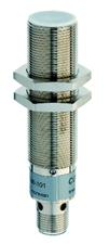 Sensores capacitivos metalicos M18 faceados alcance 5mm c conector M12