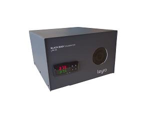 Leyro: Calibrador de corpo negro para câmaras termográficas